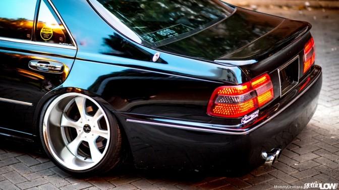 1998 Nissan Cima Y33